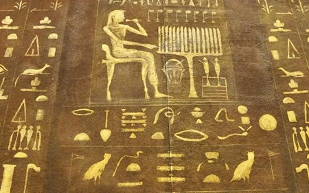 Edgar Cayce Describes Life in Ancient Egypt Blog.jpg
